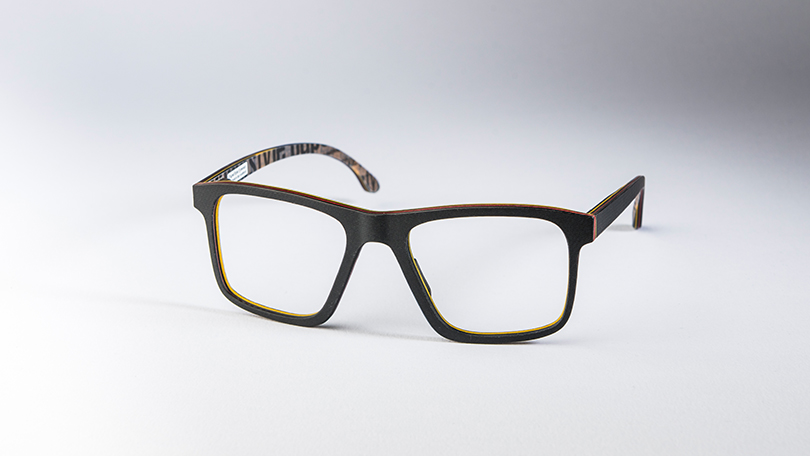 """Eyewear 