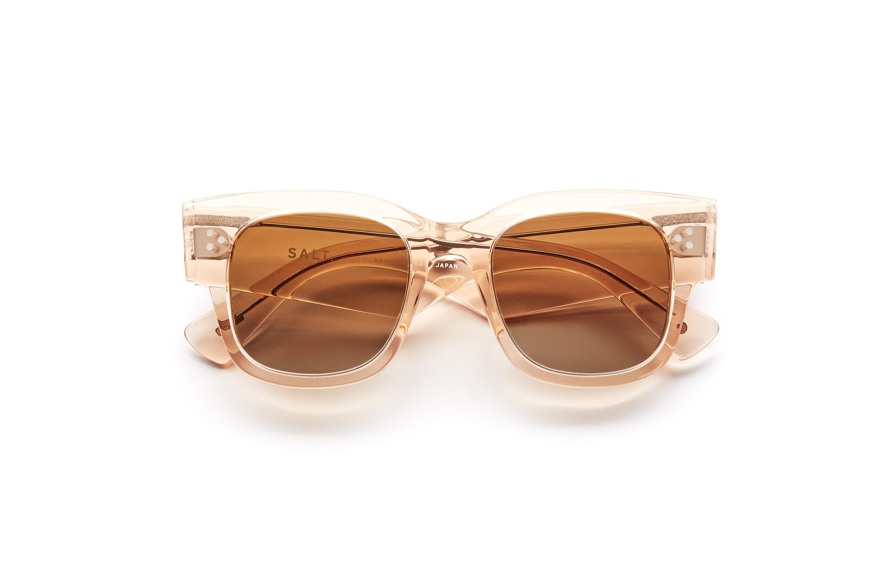 SALT. | FRAME: TAVITA in Rose Antique, lenses: CR39 Ashland Gradient Polarized