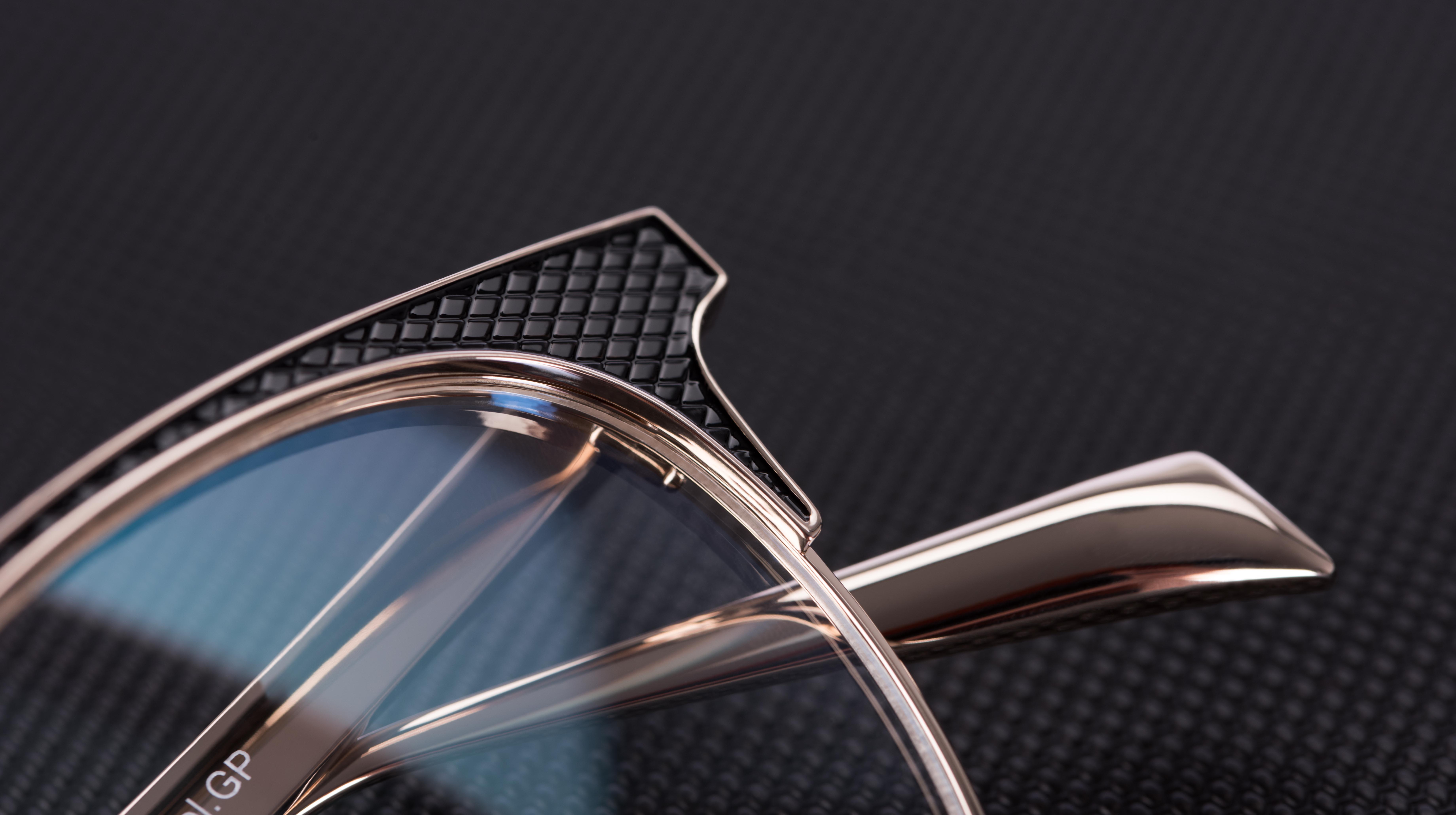 Extravagant Titanium – The New M12 by Lunor