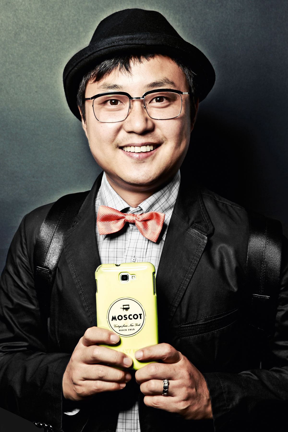 booth_Andy,-Korea-_-Moscot