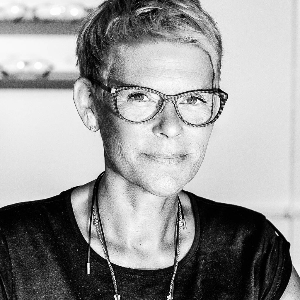 Annette Saust Estø – Fleye