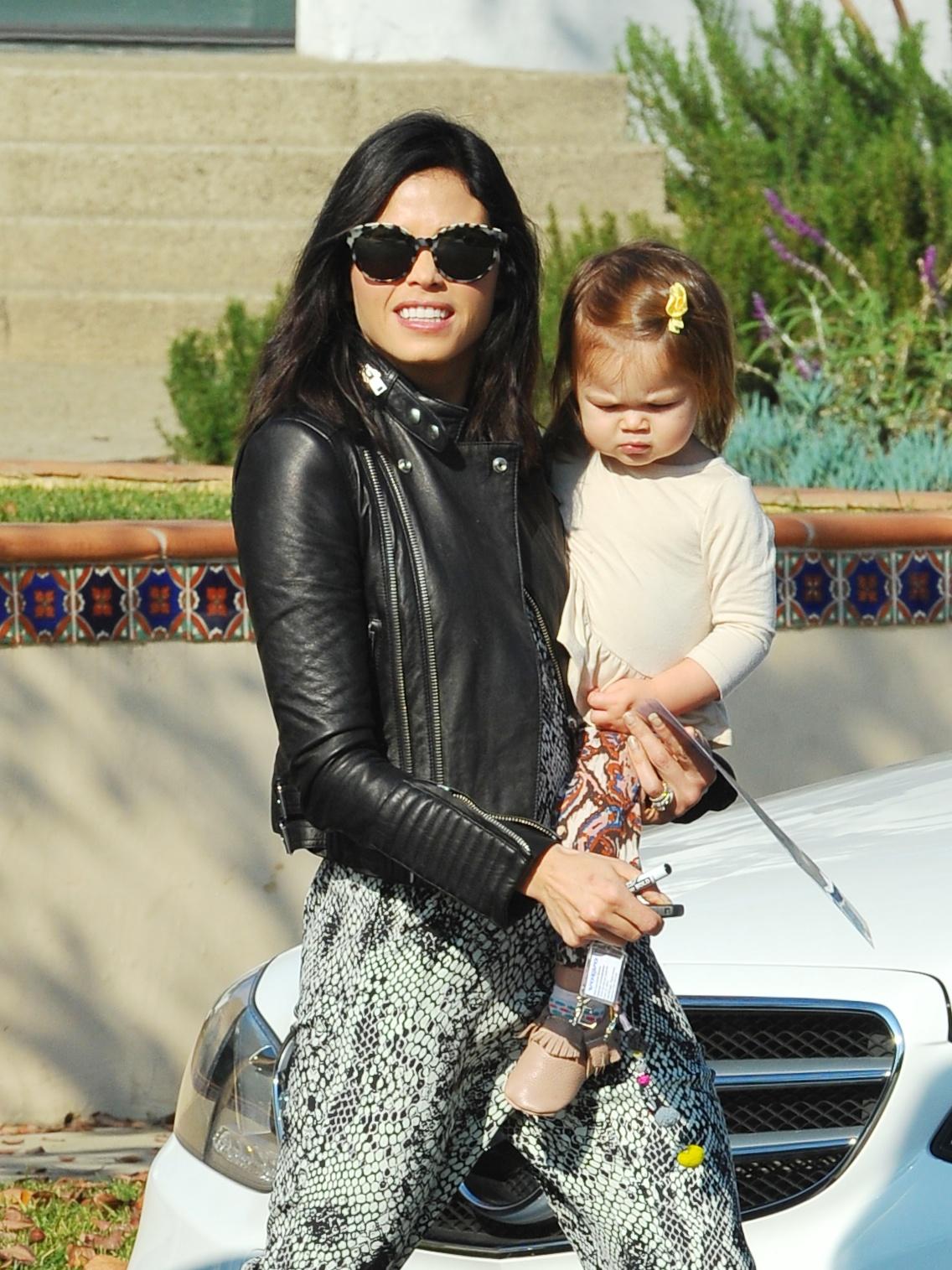 Jenna Dewan Tatum Takes Daughter Everly To A Playdate