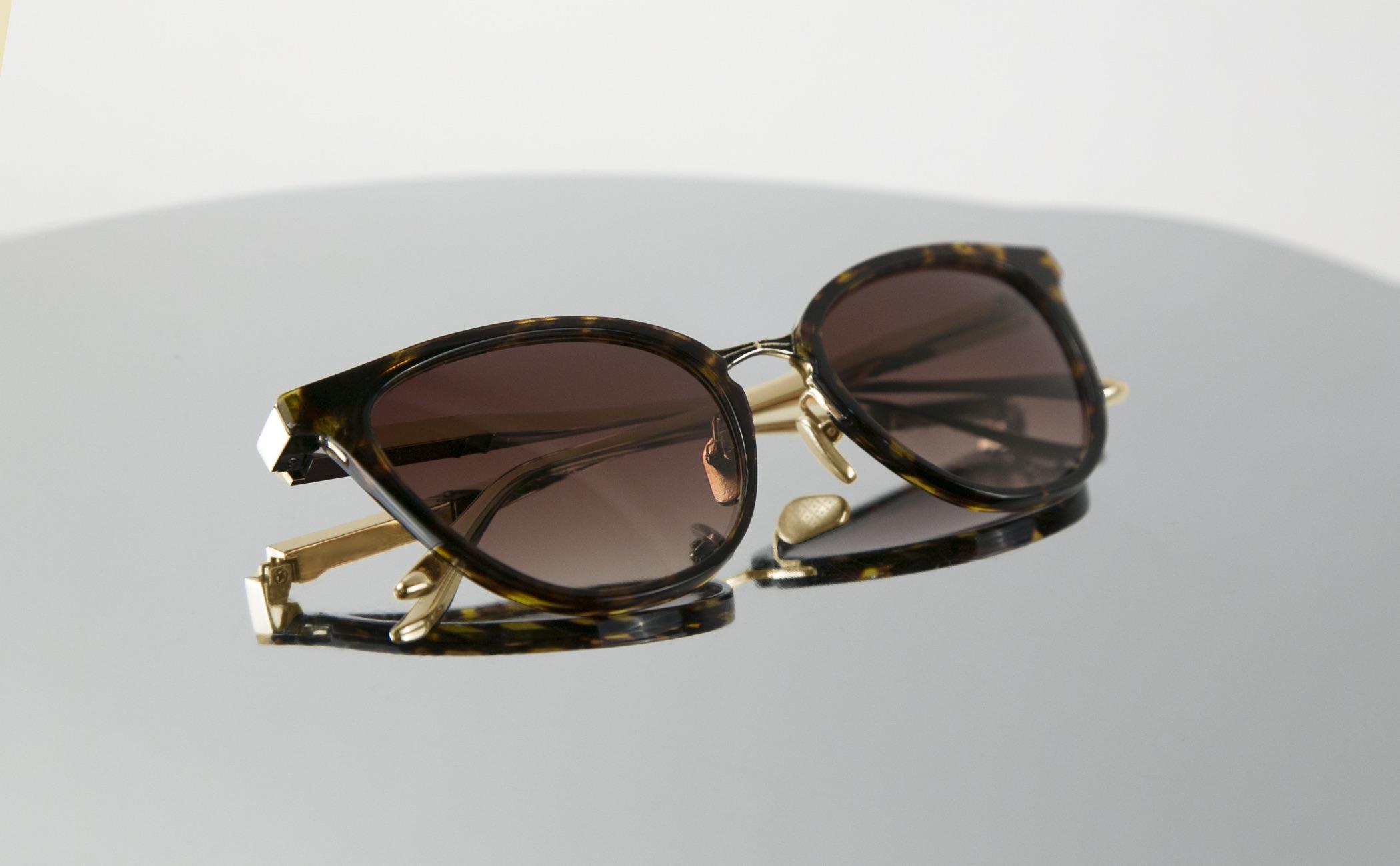 AKOYA | Tortoise & 18k Gold