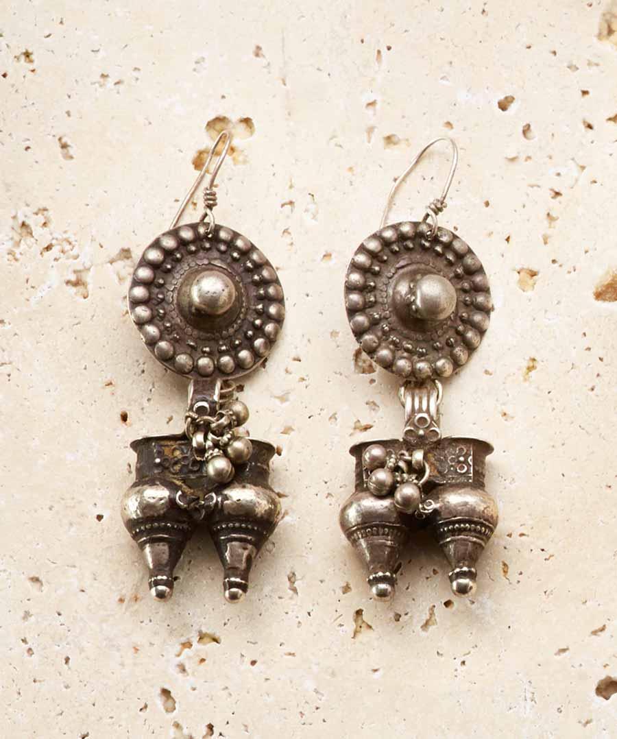 earrings: VINTAGE