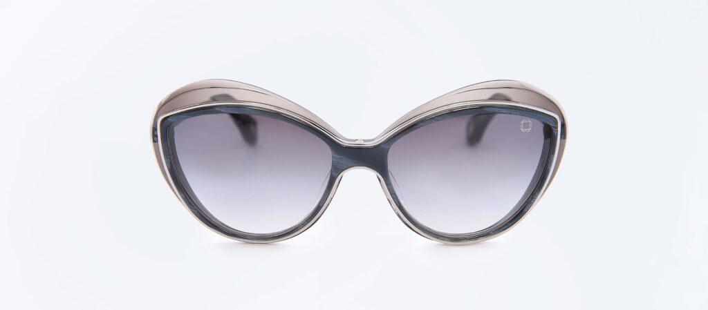 MACKLOWE-(Grey-Horn)