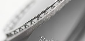 rolf-brillen-glasses-titanium-detail-incl-logo